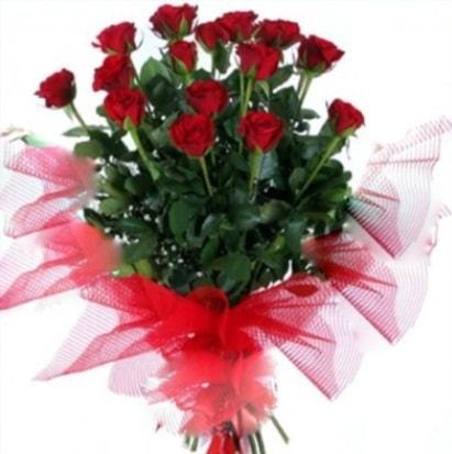 15 adet kırmızı gül buketi  Konya ucuz çiçek gönder