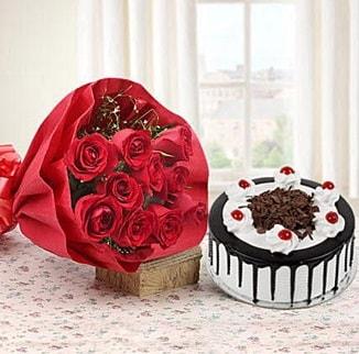 12 adet kırmızı gül 4 kişilik yaş pasta  Konya yurtiçi ve yurtdışı çiçek siparişi