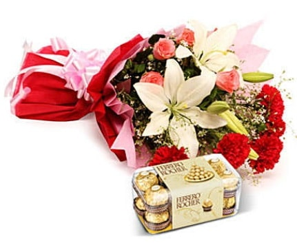 Karışık buket ve kutu çikolata  Konya yurtiçi ve yurtdışı çiçek siparişi