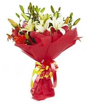 5 dal kazanlanka lilyum buketi  Konya çiçek online çiçek siparişi