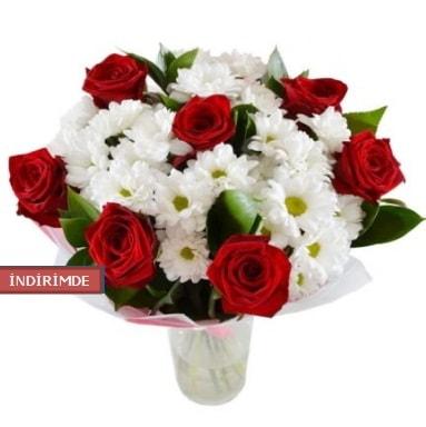7 kırmızı gül ve 1 demet krizantem  Konya çiçek online çiçek siparişi