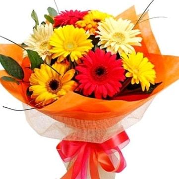 9 adet karışık gerbera buketi  Konya yurtiçi ve yurtdışı çiçek siparişi